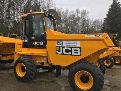 Hampshire Plant & Access makes further fleet investment in JCB