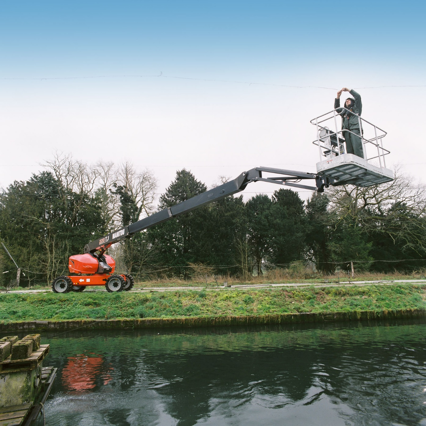 Hampshire Plant & Access machine on site at large scale modern fish farm